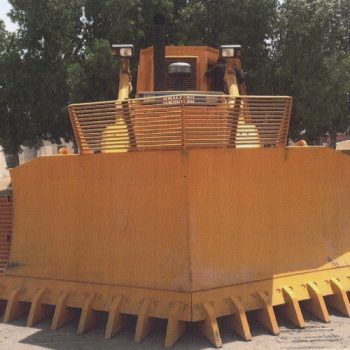 Bucket-with-teeth-for-Komatsu-D155-dozer